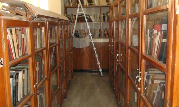 Mcm unesco visit library 09april09 %2814%29