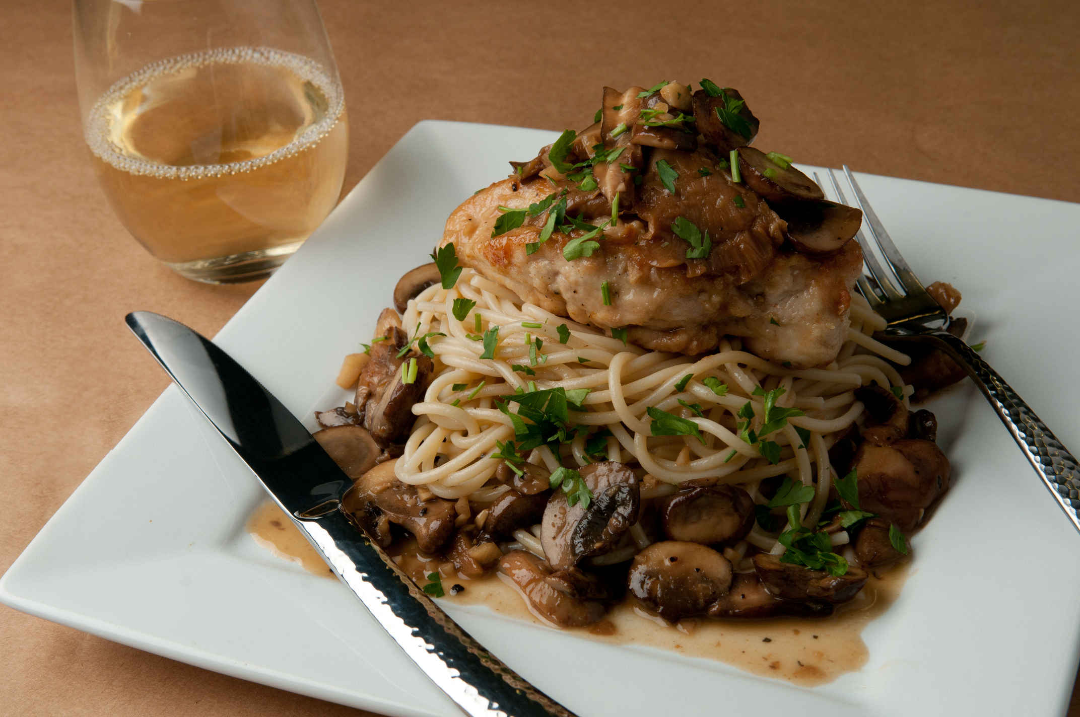 Chicken_marsala_plated
