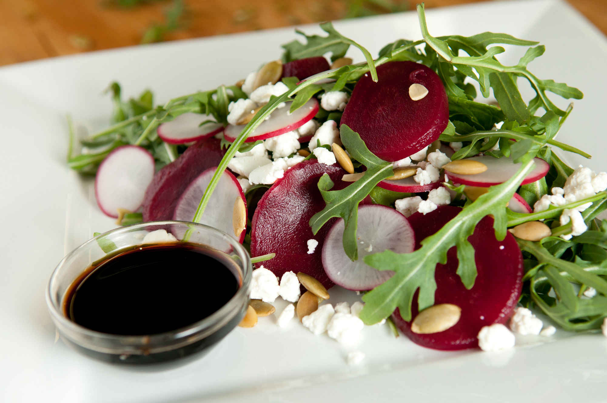 Red_beet_salad_plated