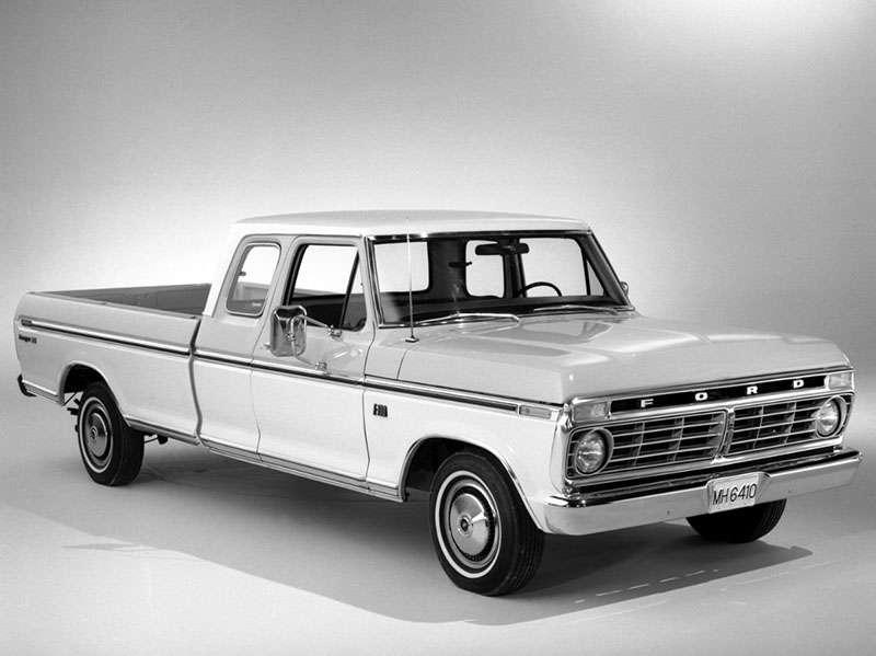 white ford f150 pickup truck