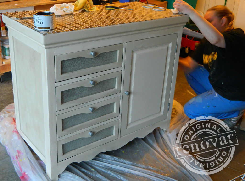 finished-drawer-fronts-and-finishing-touches1-1024x759