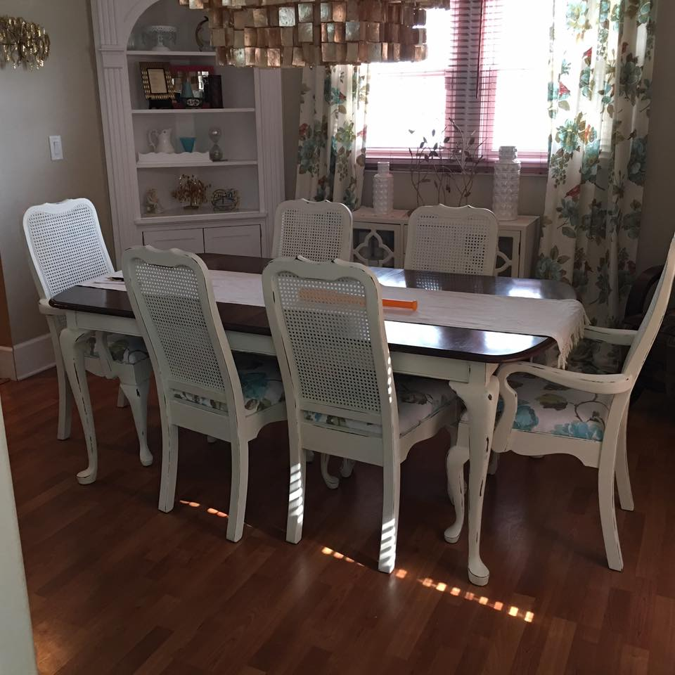 This beautifully refinished and distressed table and chairs were completed by Christina B. in Farmhouse Paint's Creamy Linen! Just awesome!