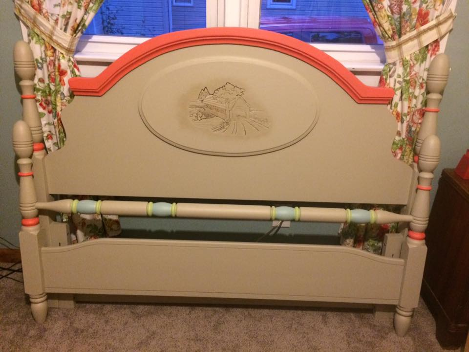 So many beautiful colors in this refinished head and foot board from Kim H. Kim used Farmhouse Paint's Caribbean Coral for the head board arch and spindle accents along with Coastal Palm and what I believe is Blue Toile. She also used Farmhouse's Antiquing Gel to give the decorated scene a nice antique look. Looks GREAT Kim!