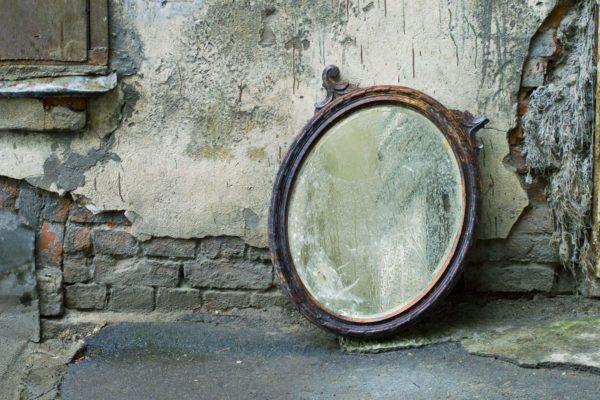 09 27 Tarnished Mirror