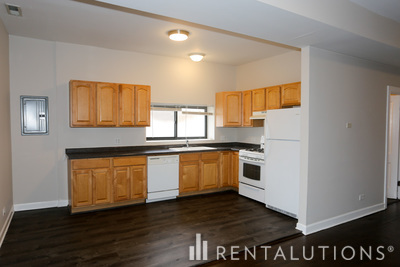 Picture of 4655 57 N. Lincoln Ave., Unit 4655-2
