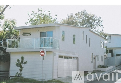 Picture of 897 Balboa Ave