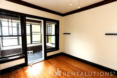 Picture of 3823 27 N. Drake Ave, Unit 3823-2