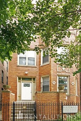 Picture of 2329 West Haddon Avenue, Unit 2R