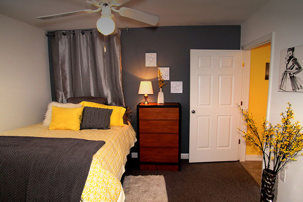 Campus Crossings In Southwest Raleigh Is Located Just Around The Corner  From NCSU. Rent Even Includes Internet And Cable! All Of The Apartments Are  Lovely ...