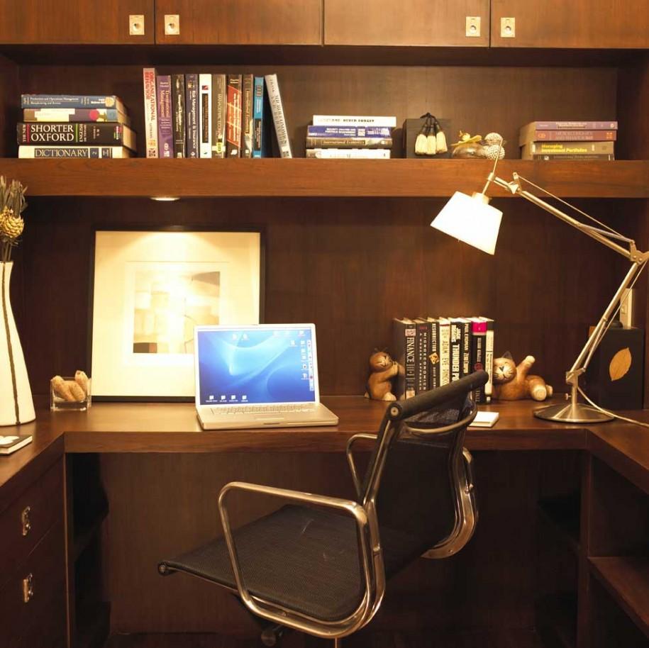 Clean-Desk1.jpg