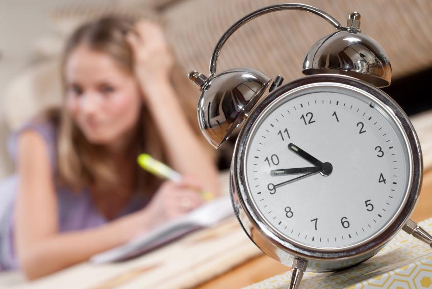 значение времени тайм менеджмента для студента телефоны, часы