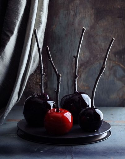 Dark Caramel Apples