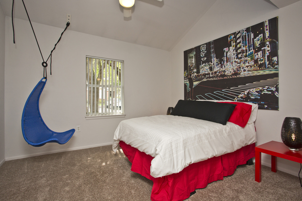 Very unique layout in contemporary Cobblestone Apartment
