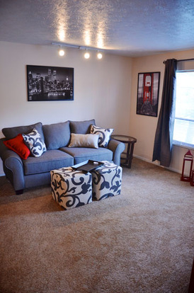 Cozy living room in a Hilliard Village apartment