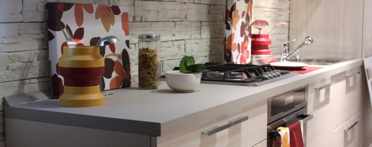 New kitchen to fill? That's what our first apartment checklist is for.