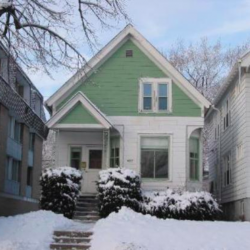 Single-family house for rent in Milwaukee