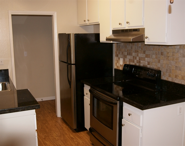 Hillsdale square apartments san mateo see reviews pics avail for 2 bedroom apartments san mateo