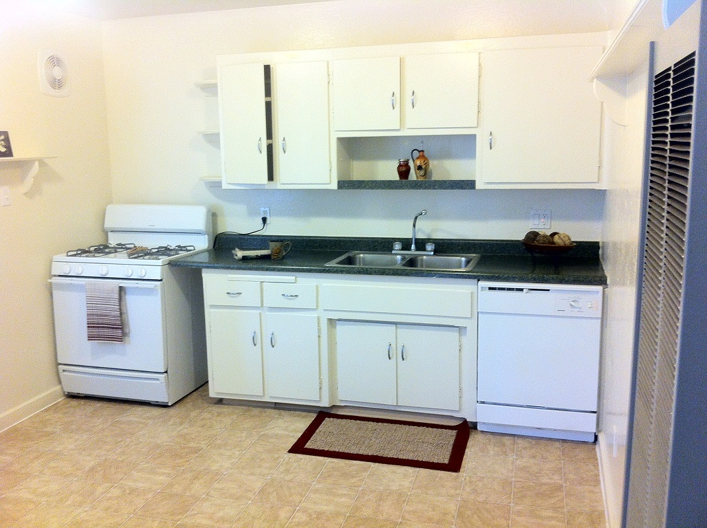 Sunridge Apartments, Fair Oaks - (see reviews, pics & AVAIL)