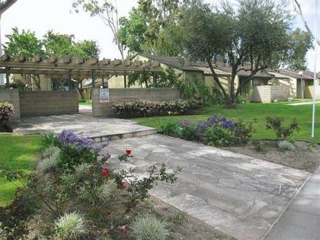 Freeways To Parks Update >> Placita Park Apartments, Santa Fe Springs - (see pics & AVAIL)