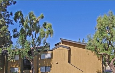 Bunker Hill Apartments, Riverside - (see pics & AVAIL)