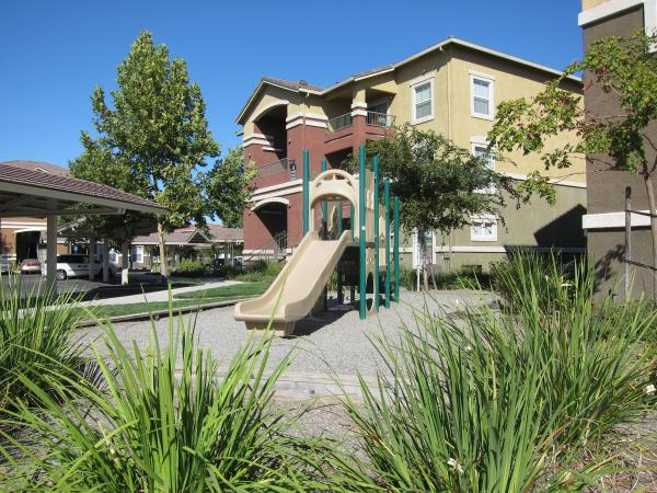 Valencia Point Apartments Sacramento