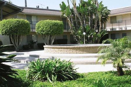 Casa del Prado, Anaheim - (see pics & AVAIL)