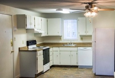 Brook Edge Apartments, Chicopee - (see pics & AVAIL)