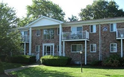 Bayview Apartments, Patchogue - (see pics & AVAIL)
