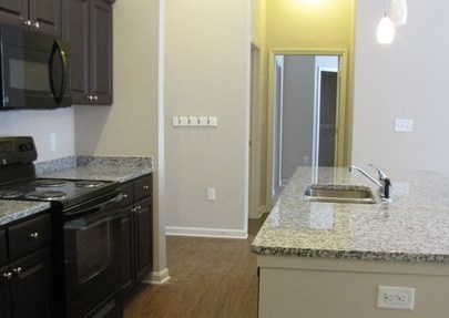 Lowest Internet Price >> University Edge Apartments, Akron - (see pics & AVAIL)