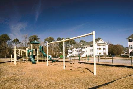Tesla Park, Wilmington - (see pics & AVAIL)