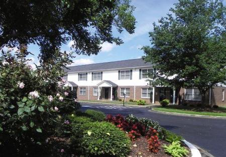 Abbey Court Apartments, Belmont - (see pics & AVAIL)