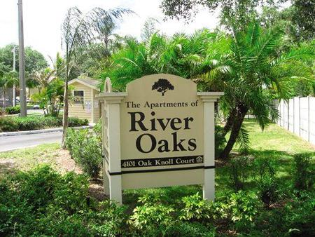 apartments of river oaks tampa see pics avail