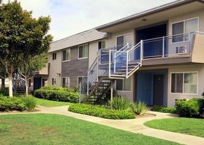 Latitude Apartment Homes, Santa Ana - (see pics & AVAIL)