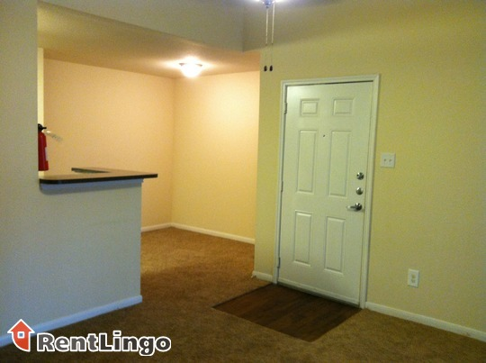 Cheap 1 bd/1.0 ba Apartment in Sacramento - Sacramento apartments for rent - backpage.com - This is a quiet, gated community with many mature trees