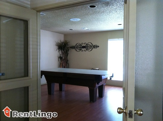 Albuquerque Fantastic location 2 bd/2.0 ba Apartment available 10/17/2017 - New Mexico apartments for rent - backpage.com
