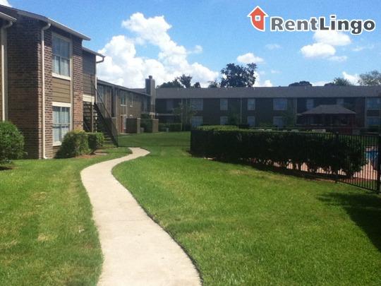 Bellaire Silk Apartments Houston Tx