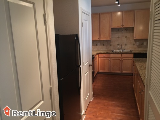 Convenient & Clean 3 bd/2.0 ba Apartment in Pittsburgh available 11/28/2017 - Pennsylvania apartments for rent - backpage.com