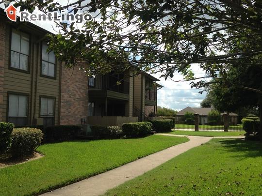 Green Arbor, Houston - (see reviews, pics & AVAIL)