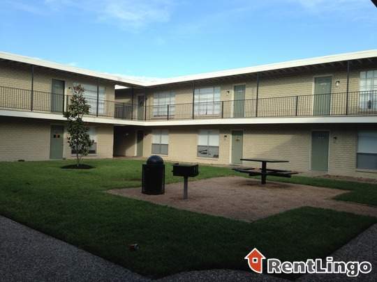 950 villa de matel rd houston see reviews pics avail - Villa de matel houston tx ...