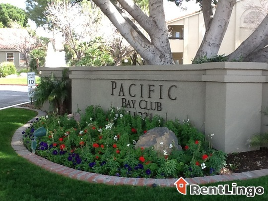 Pacific Bay Club Apartments