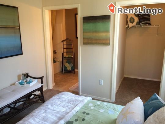 Pala Mesa Apartments Reviews