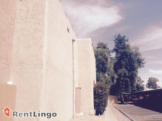 Camino Tomas Apartments