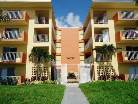 Royal Place Apartments in Miami, FL, Miami. Apartment for ...