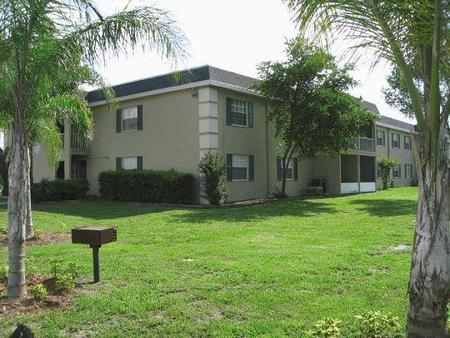 regency square apartments tampa see pics avail
