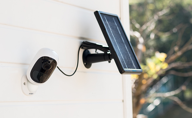 Wireless Outdoor WiFi Security Camera with Solar Power
