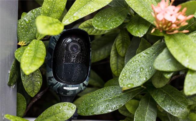 Weatherproof Wire-Free Outdoor Security Cameras