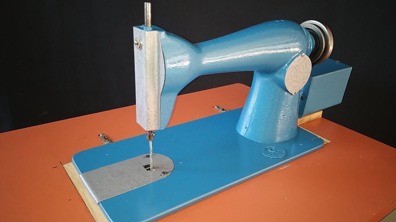 En este momento estás viendo Como hacer sierra caladora con vieja máquina de coser.