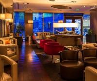 D-Bar & Lounge - Renaissan...