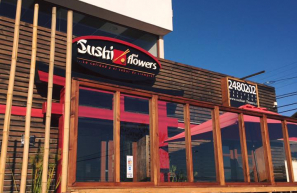 Sushi and Flowers (Las Hig...