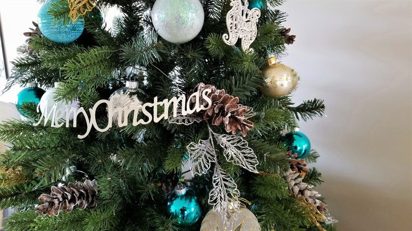 Best Western Plus Hotel in Woodstock is hosting the Christmas Shopping Extravaganza on Oct. 29 and Oct. 30, with proceeds going to two families in need.